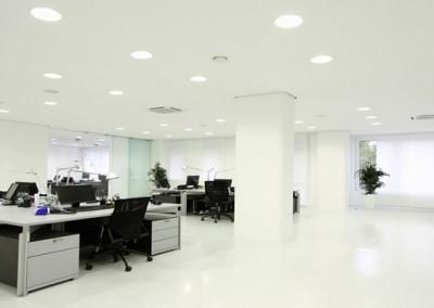 Oficina con Downlights
